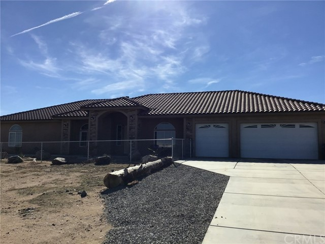 7323 Smoke Tree Road, Phelan, CA 92371