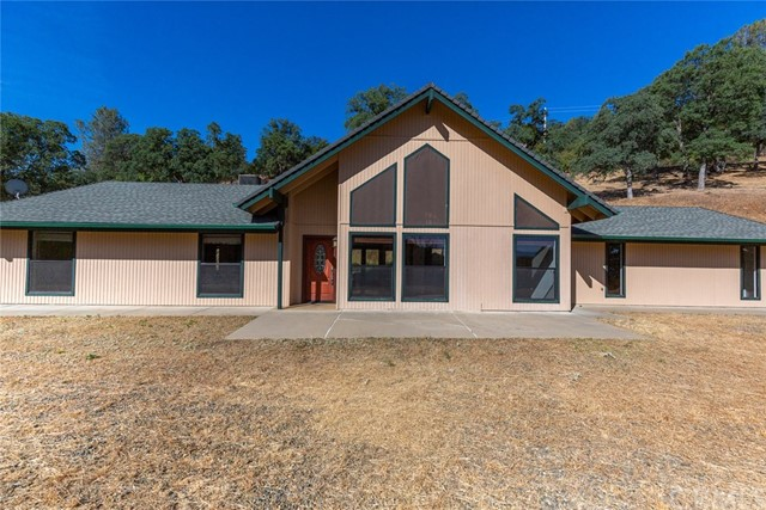 5662 Lakeside Drive, Mariposa, CA 95338