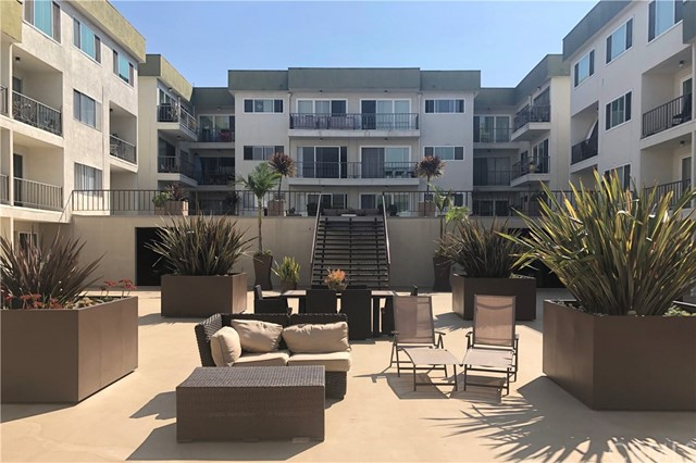 1600 Ardmore Avenue 318, Hermosa Beach, California 90254, 1 Bedroom Bedrooms, ,1 BathroomBathrooms,For Sale,Ardmore,SB20177672