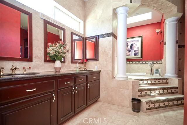 7760 Barker Rd, Oak Hills, CA 92344 Photo 16