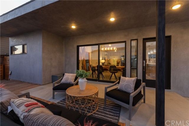 615 Irvine Avenue