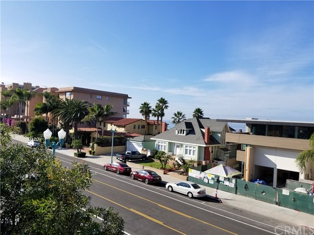 700 Esplanade 19, Redondo Beach, California 90277, 2 Bedrooms Bedrooms, ,2 BathroomsBathrooms,For Sale,Esplanade,PW17269995