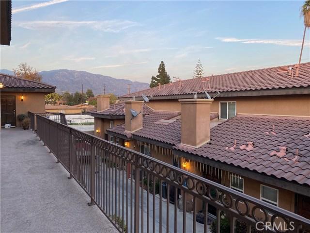 2061 Mountain Avenue 16, Duarte, CA 91010
