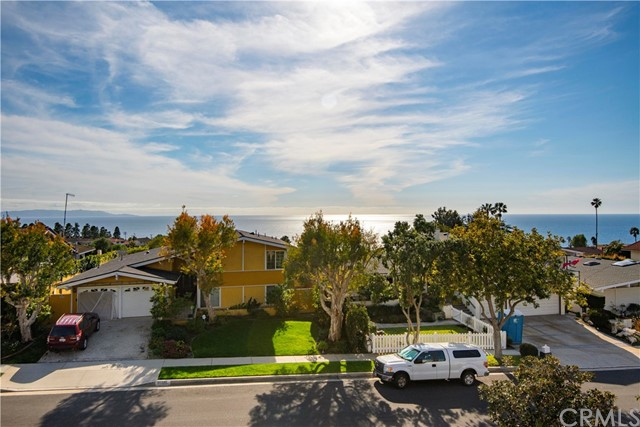 30232 Via Borica, Rancho Palos Verdes, California 90275, 4 Bedrooms Bedrooms, ,4 BathroomsBathrooms,Single family residence,For Sale,Via Borica,PV19048678