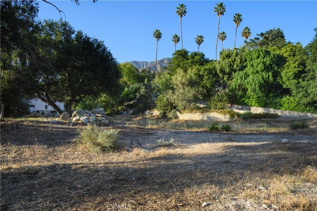 Photo of 1550 Homewood Drive, Altadena, CA 91001