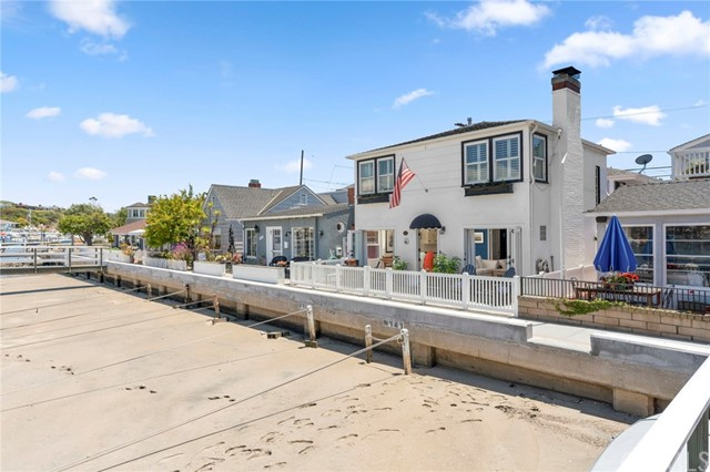 1403 N Bay Front, Newport Beach, CA 92662