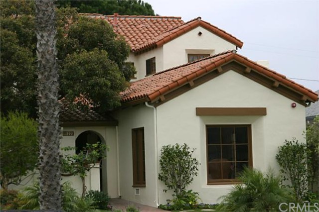 220 Avenue F, Redondo Beach, California 90277, 5 Bedrooms Bedrooms, ,3 BathroomsBathrooms,For Sale,Avenue F,S957723