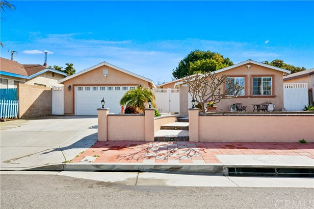 13812 Pacific Avenue, Westminster, CA 92683