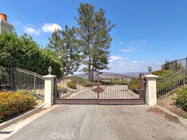 Image 3 of 1005 S Mountvale Court, Anaheim Hills, CA 92808