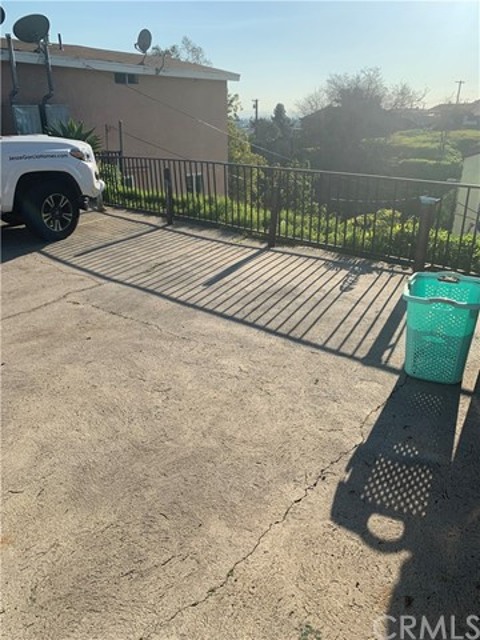 987 Gifford Av, City Terrace, CA 90063 Photo 9