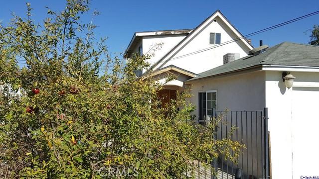 10721 Crockett Street, Sun Valley, CA 91352