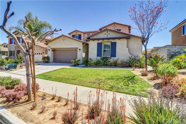 13369 Eaglebluff Ln, Eastvale, CA 92880 Photo