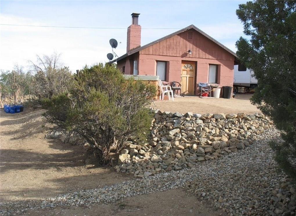 10780 Pinecrest Mesa Rd, Juniper Hills, CA 93543 Photo
