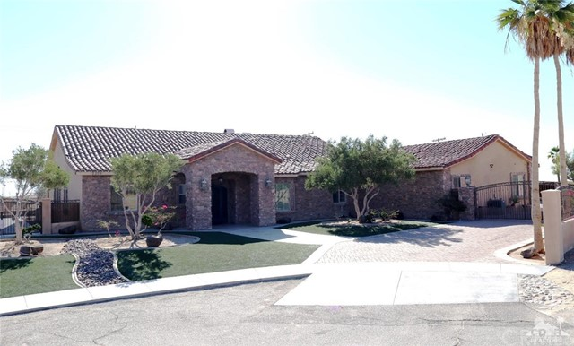 2306 Lark Court, Salton City, CA 92275