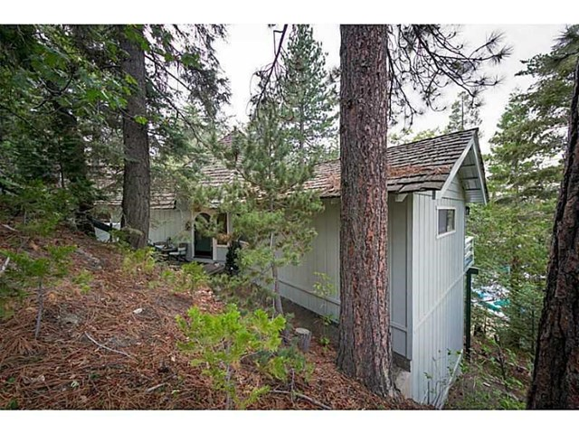 346 St Hwy 173, Lake Arrowhead, CA 92352