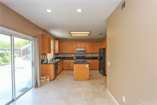 30108 Willow Dr, Temecula, CA 92591 Photo 8
