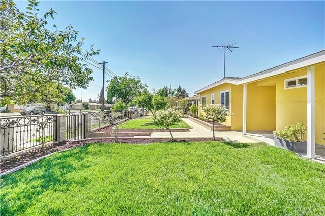 5484 San Bernardino St, Montclair, CA 91763 Photo 4