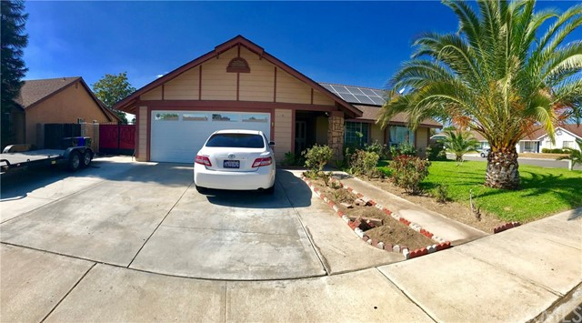828 S Orange Avenue, Rialto, CA 92376
