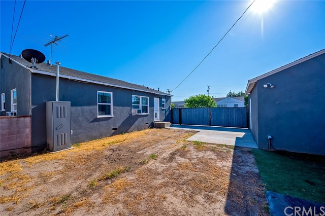 36. 2837 Allred Street Lakewood, CA 90712