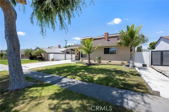 42. 1005 S Woods Avenue Fullerton, CA 92832