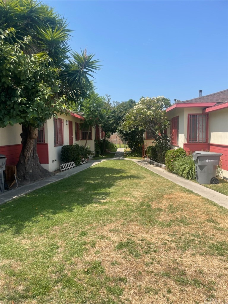 Photo of 12063 PEACH ST., Lynwood, CA 90262