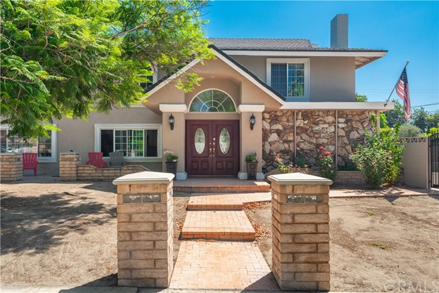 1318 N Laurel Avenue, Upland, CA 91786
