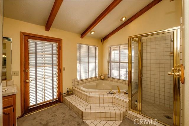 9063 Joshua Rd, Oak Hills, CA 92344 Photo 55