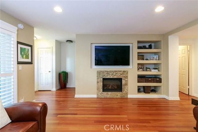 317 Broadway, Redondo Beach, California 90277, 3 Bedrooms Bedrooms, ,3 BathroomsBathrooms,Townhouse,For Sale,Broadway,SB19028147