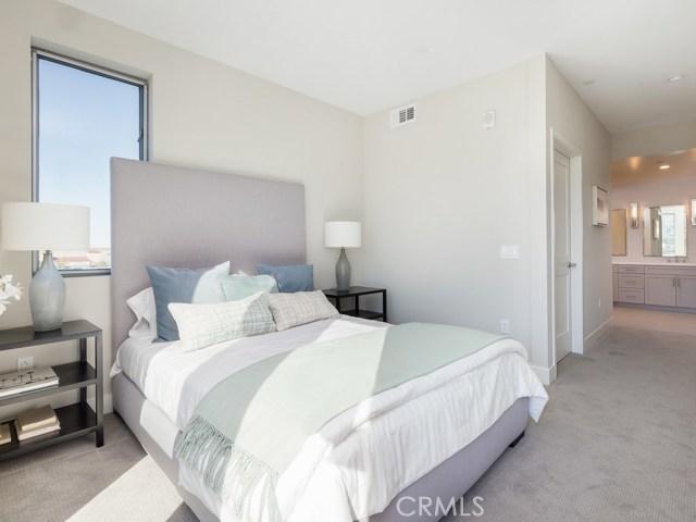 1920 Pacific Coast Highway 305, Redondo Beach, California 90277, 2 Bedrooms Bedrooms, ,2 BathroomsBathrooms,For Sale,Pacific Coast Highway,SB21006104