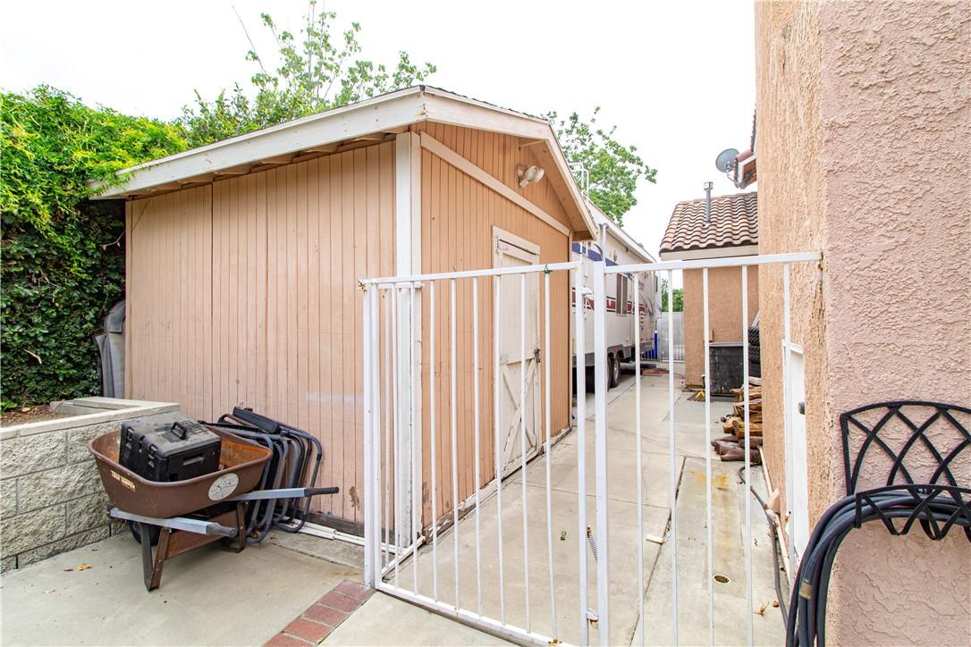 33. 6816 Huntington Drive San Bernardino, CA 92407