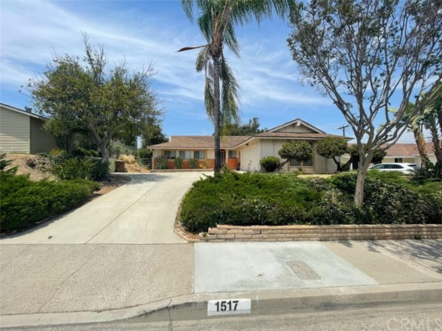 1517 Rolling Hills Dr, Fullerton, CA 92835
