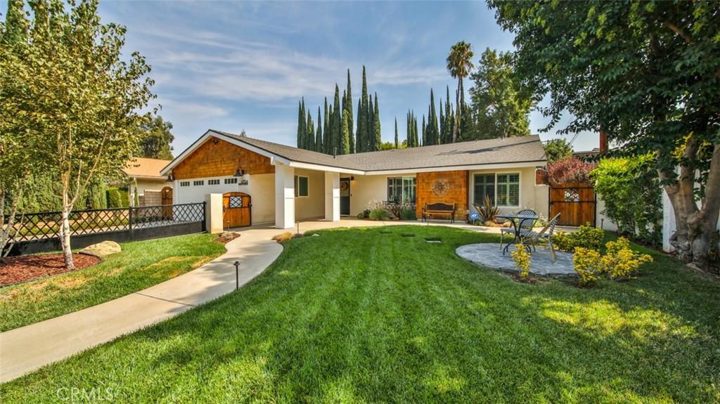 6704     Shoup Avenue, West Hills CA 91307