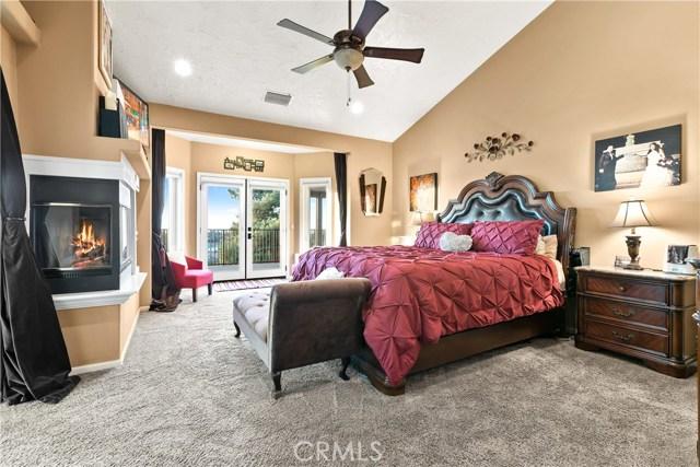 10578 Canita Ct, Oak Hills, CA 92344 Photo 24