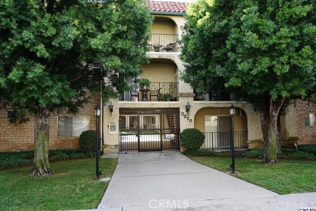 3010 Montrose Avenue 30, La Crescenta, CA 91214