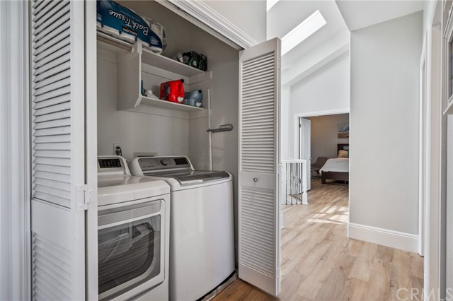 Yup .. the laundry center - Washer/Dryer stay! How cool is that?