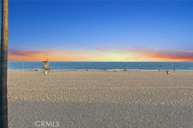 Photo of 1624 W Oceanfront, Newport Beach, CA 92663