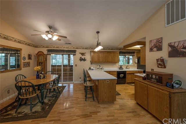16341 Stage Rd, Forest Ranch, CA 95942 Photo 12