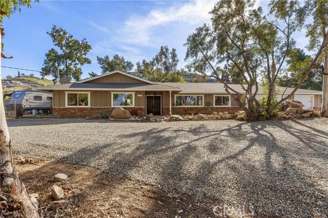 20705 Onaknoll Drive, Lake Mathews, CA 92570