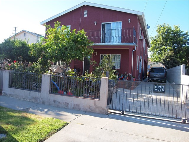 1319 E 59th Place E, Los Angeles, CA 90001