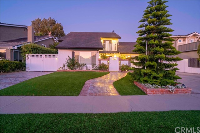 17012  Courtney Lane, Huntington Harbor, California