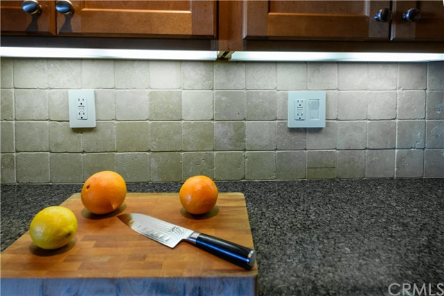 Kitchen Stone Backsplash