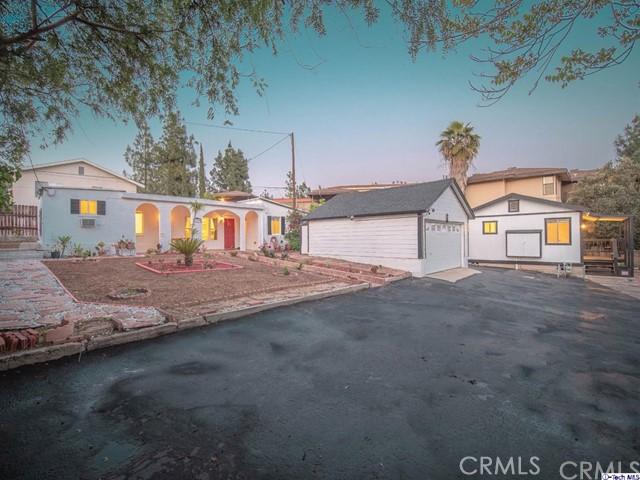 2947 Montrose Avenue, Glendale, CA 91214