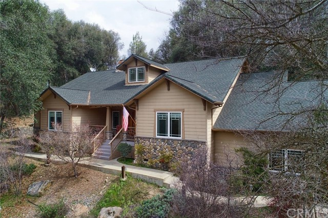 38873 Goldenrod Lane, Oakhurst, CA 93644