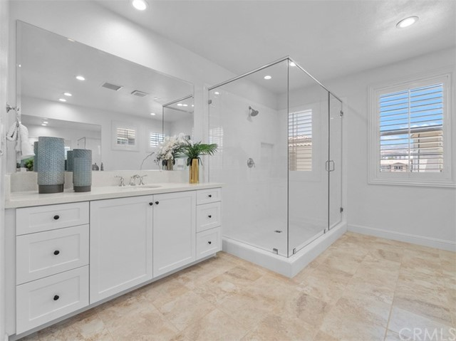 18. 58 Big Bend Way Lake Forest, CA 92630