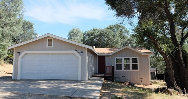 15793 33rd Avenue, Clearlake, CA 95422