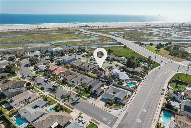 4. 22022 Hula Circle Huntington Beach, CA 92646
