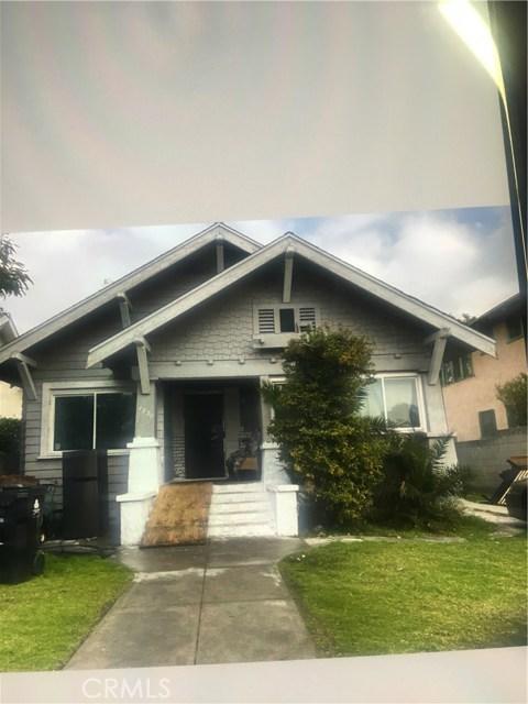 1231 W 49th Street, Los Angeles, CA 90037