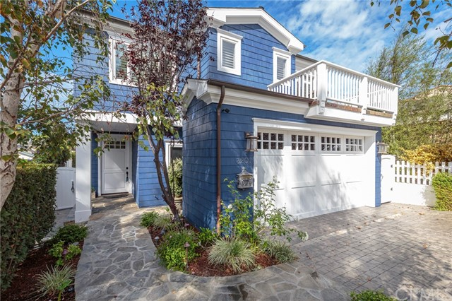 3201 Pine Avenue, Manhattan Beach, CA 90266