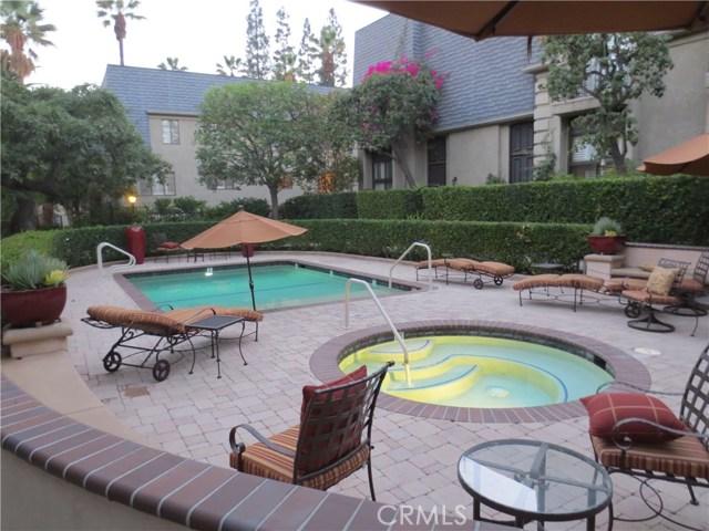 368 S Orange Grove Bl, Pasadena, CA 91105 Photo 2