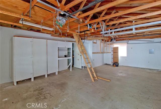 26. 15050 Pinehurst Way Magalia, CA 95954